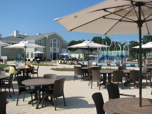 colonies-at-williamsburg-outdoor-pool